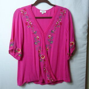 Umgee Fuchsia Pink Embroidered Wrap SS Top